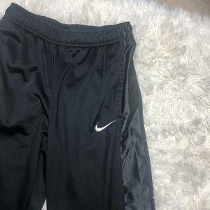 Nike Bottoms - Nike Boys Black Athletic Pant Medium